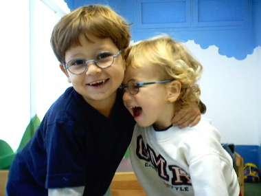משקפיים חזקים לילדים