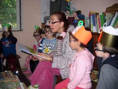 פעילות כיתה עם משקפיים